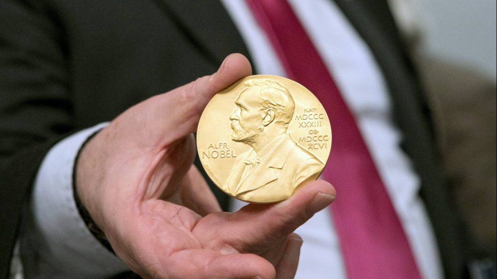 20170413 17 Panel Nobel Laureates DJA 149 ed 1 1024x576 - توسعه دهندگان باتری لیتیوم یونی برنده ی جایزه نوبل شیمی 2019 شدند!