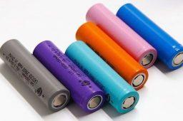 باتری 18650 لیتیوم 37 ولت شارژی 2200 میلی برند Dbk