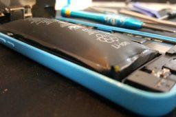چطور بفهمیم باتری گوشی خراب شده و نیاز به تعویض دارد؟ گویاتک